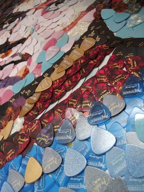 Hendrix z kostek gitarowych, źródło: edchapman-mosaics.co.uk
